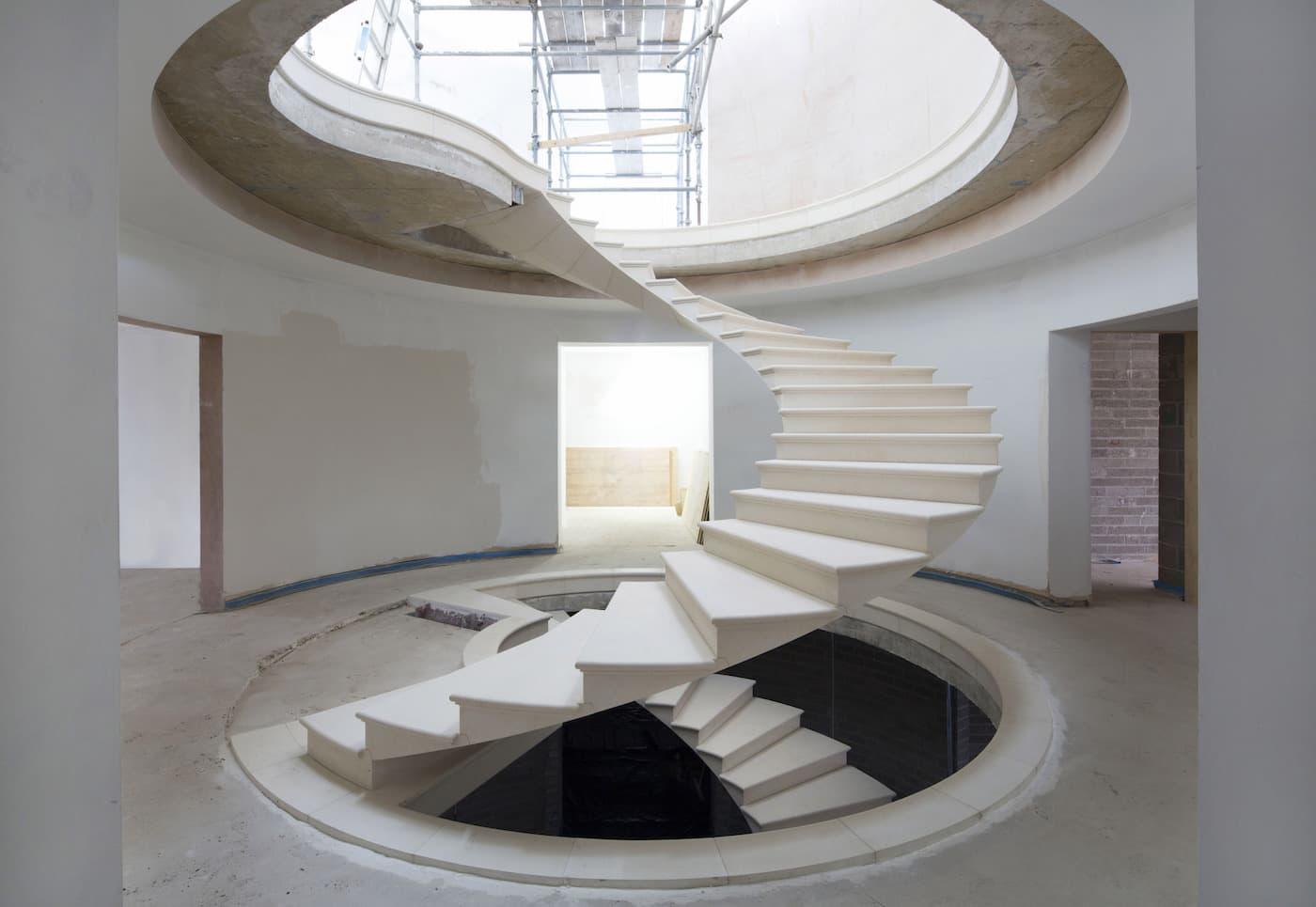 Архитектурное творчество — лестница