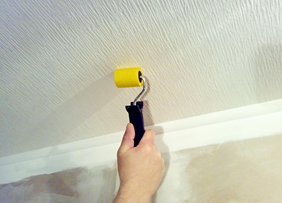 Как спрятать изъяны потолка