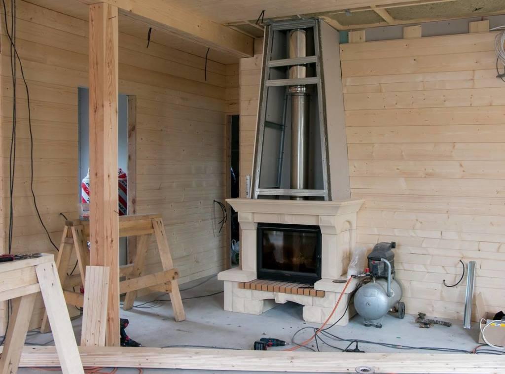 Деревянный дом. Как сделать дымоход в камине