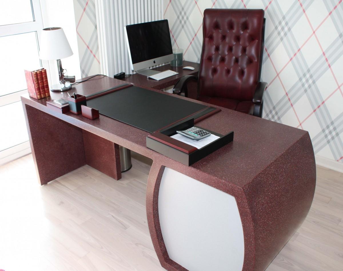 Офисная мебель: столешницы и столы